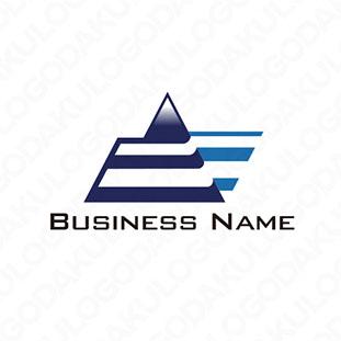 ピラミッドのEロゴ