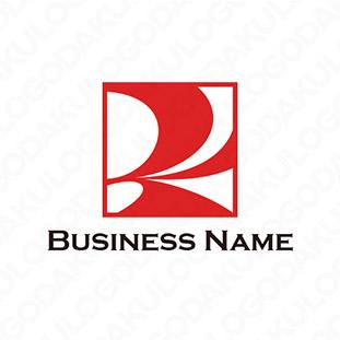新しいムーブメントRのロゴ