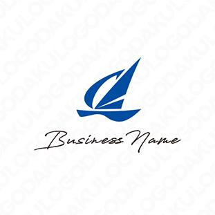 風を受けて加速するヨットのロゴ